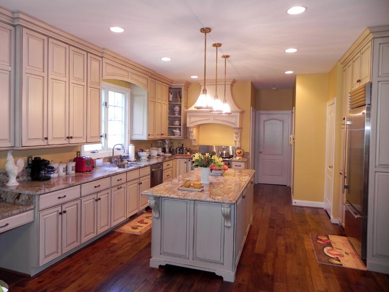 Classic french country kitchen cabinets by graber for Country kitchen cabinets