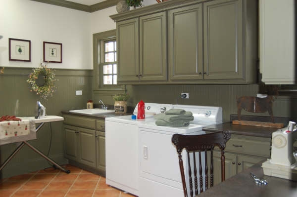 Real Wood Cabinets Laundry Room Design