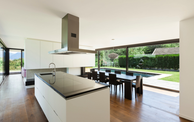 open kitchen designs: the advantages of kitchen islands and shared