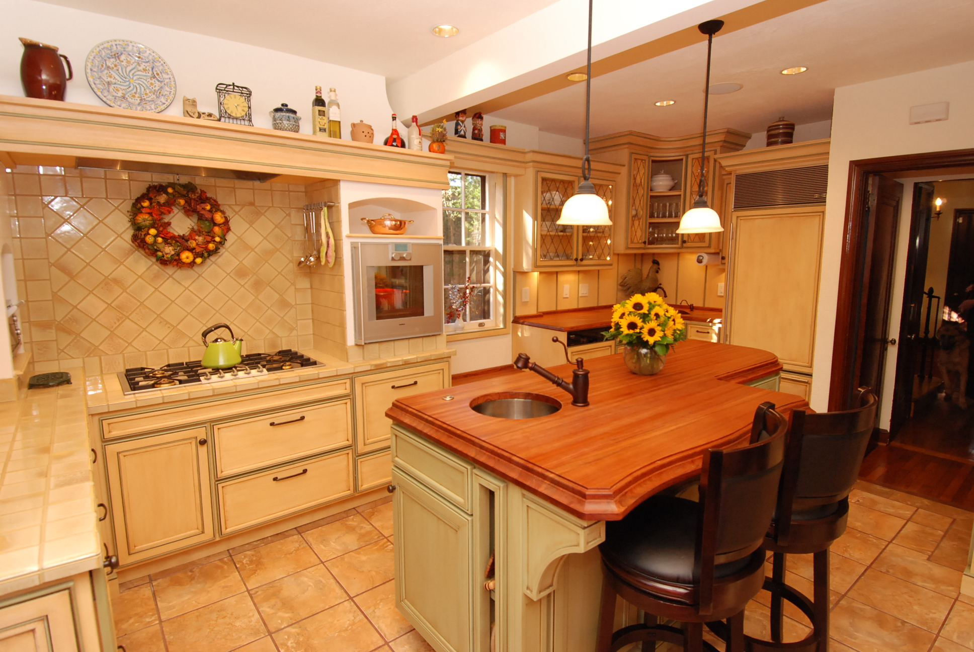 Warm Farmhouse Kitchen Cabinets By Graber